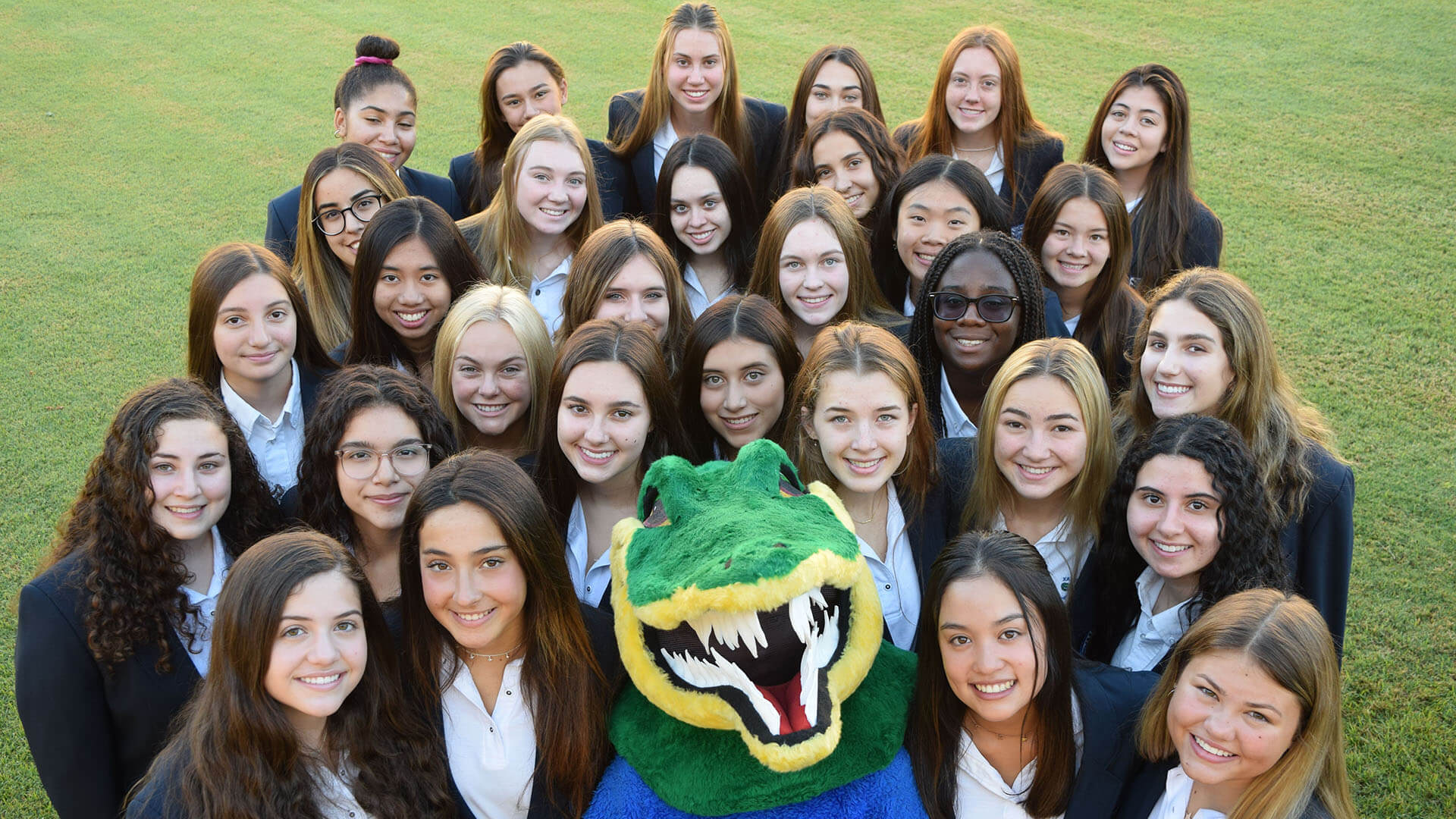 Xavier Students with Gator